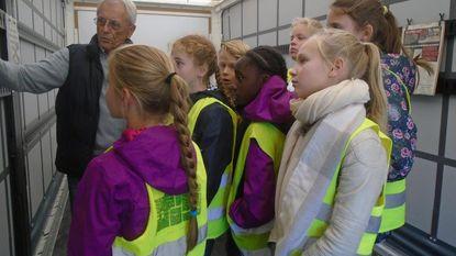 647 schoolkinderen leren gevaren van dode hoek