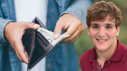 Man verliest portefeuille maar krijgt hem teruggestuurd. Met extra cash erin