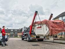 Nieuwe dakkapel of badkamer, afvalcontainers zijn niet aan te slepen (en dit gebeurt er met de inhoud)