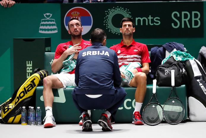 Novak Djokovic en Victor Troicki namens Servië tijdens de Davis Cup Finals.
