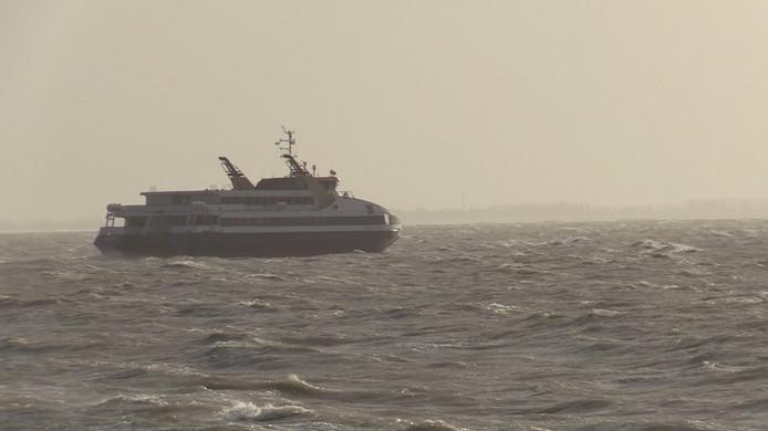 De Westerschelde Ferry vaart van Vlissingen naar Breskens.