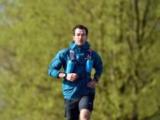 Wouter Huitzing finisht Pieterpad net onder de honderd uur