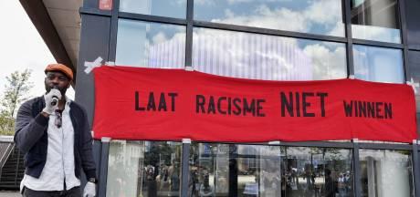 LIVE   Demonstratie tegen racisme in Tilburg: 'Ik ben blij met deze opkomst, ik ben trots op onze stad'