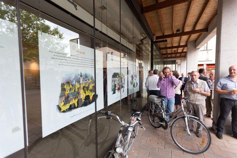 Het beeldenverhaal rond de grote brand in Tongeren werd gisteren geopend.