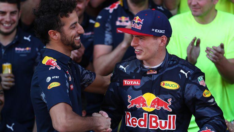 Ricciardo feliciteery Verstappen.