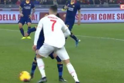 Voordeel Juve: Ronaldo scoort voor zesde keer op rij in competitieduel en pakt uit met heerlijke dribbel