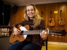 Bel de psycholoog maar af, luister naar de Beatles: 'Muziek werkt minstens zo goed bij stress'