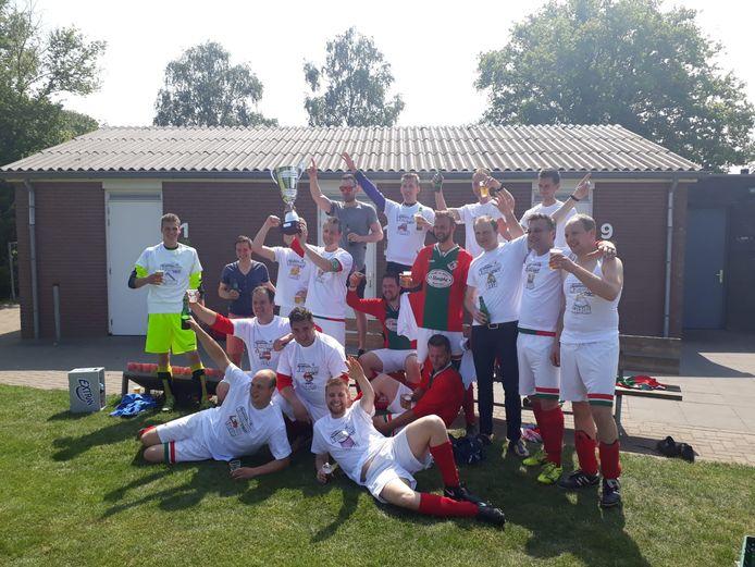 Ongekroonde Kampioenen: Bon Boys 6
