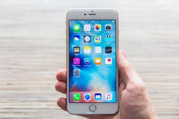 De iPhone 6S.