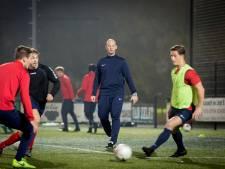 Trainer Verhoeven verlaat Rood-Wit na dit seizoen en kiest voor sabbatical