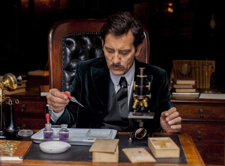 Clive Owen als Dr. Thackery in The Knick. Beeld