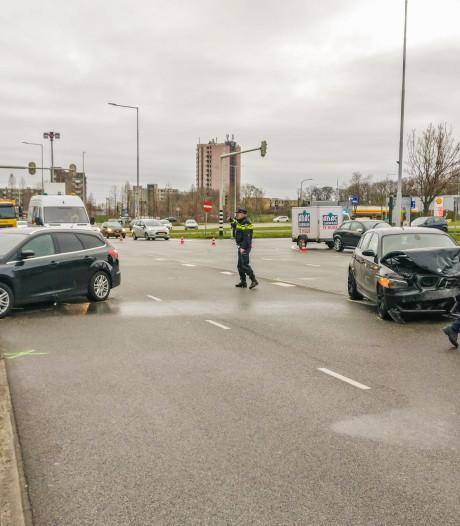 Veroorzaker ongeval Jonkerbosplein meldt zichzelf op politiebureau