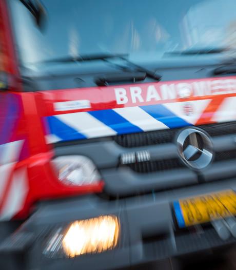 Brand verwoest drie schuren in Hilversum