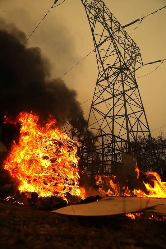 Meer dan 6700 huizen en bedrijven zijn verwoest door het vuur