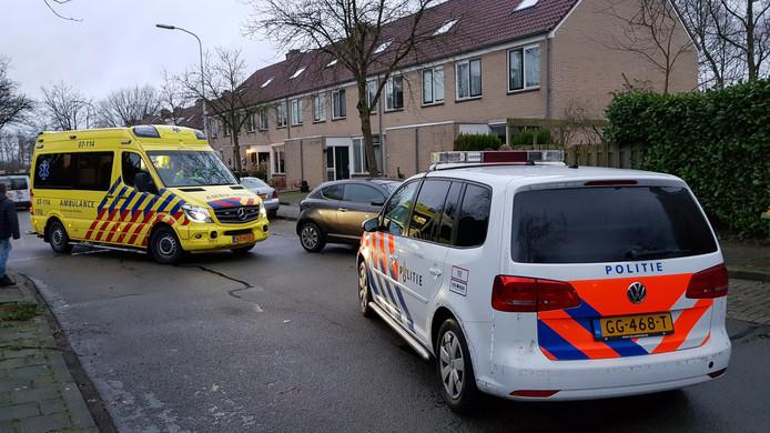 Het meisje is met een ambulance naar het ziekenhuis gebracht.