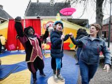 Circusje spelen op de Pietendag in IJsselstein