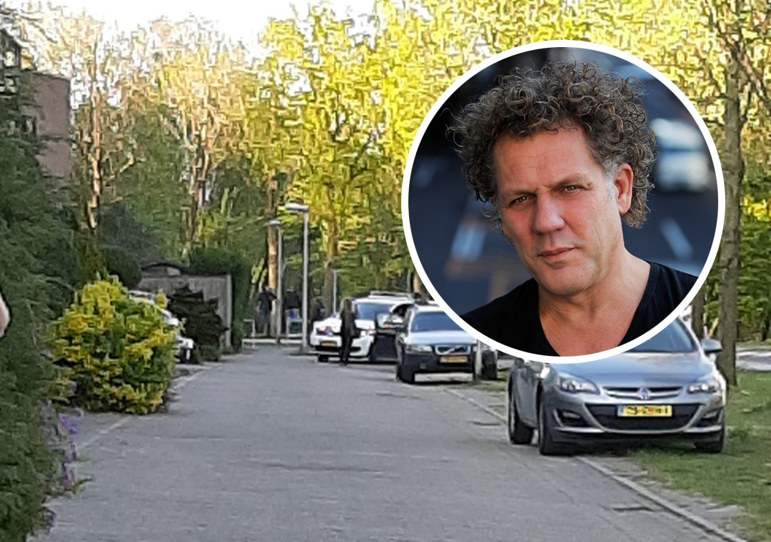 Fotobewerking van een beeld van een buurtbewoner. De politie was ook aanwezig gistermiddag, maar volgens Van der Spek slechts ter mogelijke assistentie.