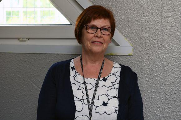 Het voomalig open terugkeercentrum in Holsbeek werd - onder leiding van Carla De Becker - officieel ingehuldigd en zal vanaf nu dienst doen als gesloten centrum voor vrouwen.