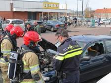 Consternatie in Emmeloord door rokende auto