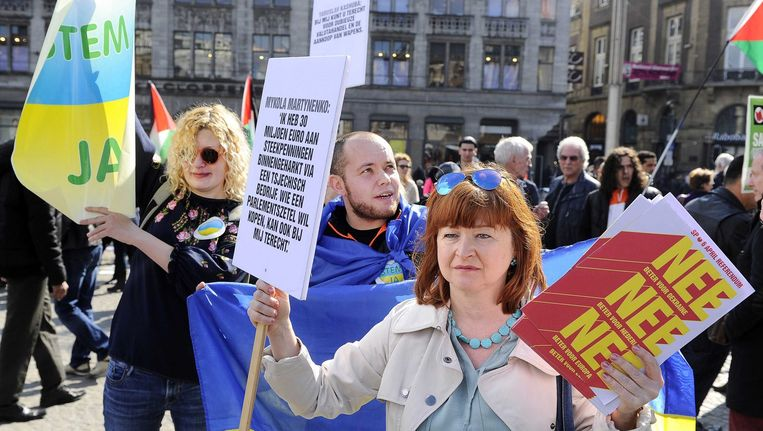 Maidam-demonstratie op de Dam op 3 april. Beeld EPA
