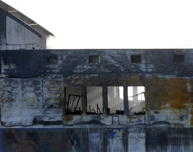Een uitgebrand deel van de Norman Atlantic. Beeld ap