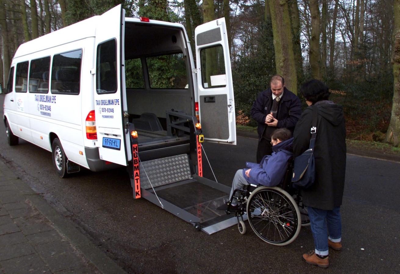Klanten van de Regiotaxi in de Oosterschelderegio krijgen in 2019 te maken met een nieuw betalingssysteem.
