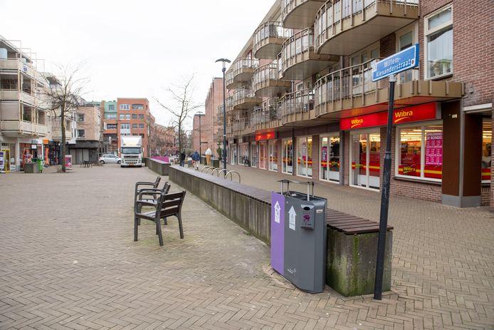De eerste schets voor de herinrichting van de Willem-Alexanderstraat is gereed. Hieraan hangt een prijskaartje van 700.000 euro. Dat  geld is nog niet gevonden.