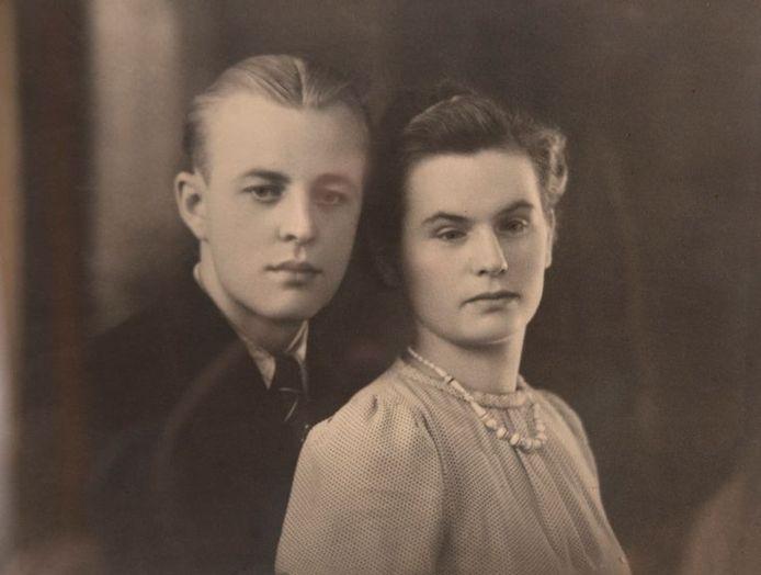 De huwelijksfoto van Maurice en Jeannette uit 1942.