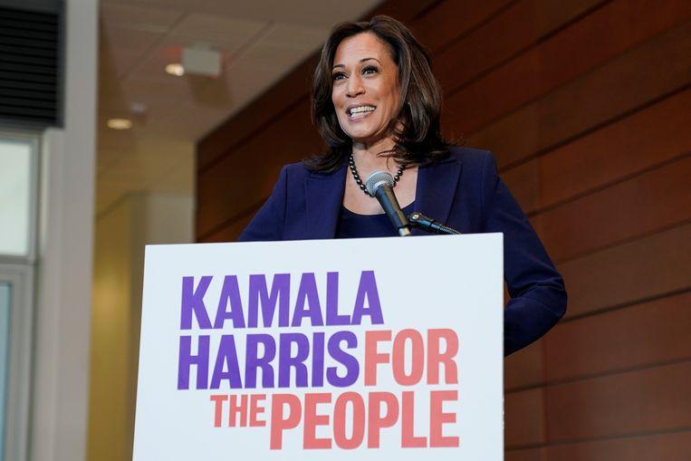 Kamala Harris op een persconferentie nadat ze haar kandidatuur voor het presidentschap van de VS heeft bekendgemaakt. Beeld REUTERS