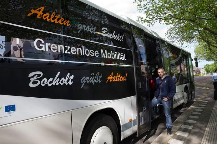 De bus tussen Aalten en Bocholt gaat in april rijden. Foto Theo Kock