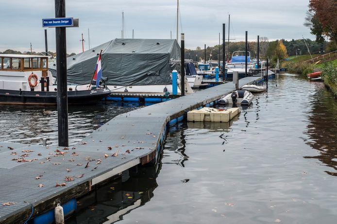 Jachthaven De Driesen op de grens van Middelaar en Plasmolen.