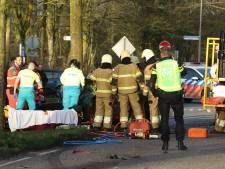 Twee gewonden bij botsing tussen twee auto's in Herpen