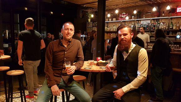 Tom Antonis en Dries Verdick zijn trots op hun pop-upzaak.