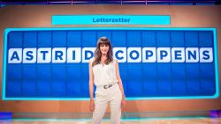 """Astrid Coppens verklapt met welke wereldster ze gekust heeft: """"Hij deed dat ontzettend goed"""""""