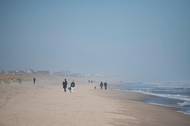 Het strand in East Hampton in de staat New York, waar veel rijke New Yorkers een tweede huis hebben.