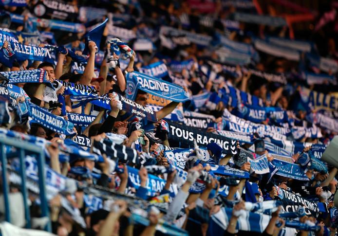 Supporters van Strasbourg vieren het kampioenschap en de promotie naar de Ligue 1.