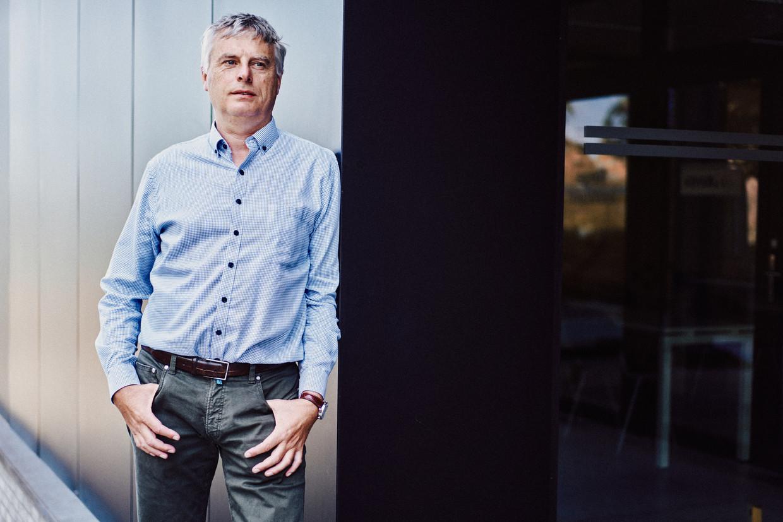 Johan Neyts: 'De nieuwe piek had er nooit mogen komen.'
