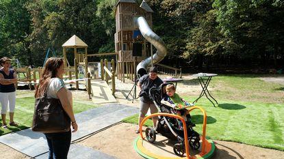 Kinderen met en zonder handicap spelen zij aan zij