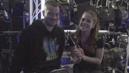 """Gers Pardoel neemt Laura Tesoro in de maling voor de Story Showbizz Awards: """"Kijk eens wat ik heb gewonnen!"""""""