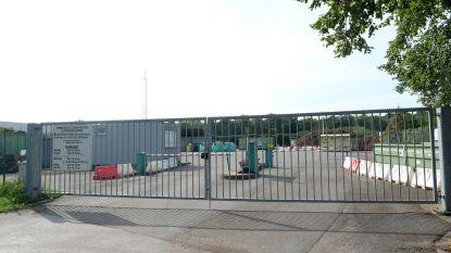 Recyclagepark Zandhoven weer open, maar nummerplaat bepaalt wanneer je binnen mag
