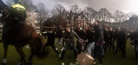 Politiepaard gewond door aanval met ploertendoder bij protest Museumplein