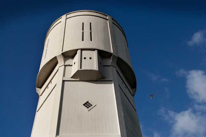 De watertoren in Nieuw-Lekkerland.