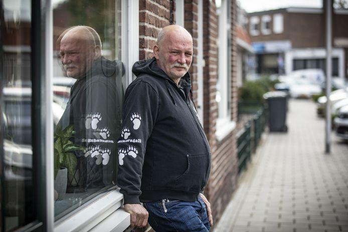 Jan Heinhuis werd voor zijn woning op 18 juli door vier jongens in elkaar geschopt na een verkeersruzie van zijn dochter.