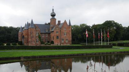 Van de oudste kastelen tot de strafste streetart en de schoonste schoenencollectie: op dagtrip door Centraal-West-Vlaanderen