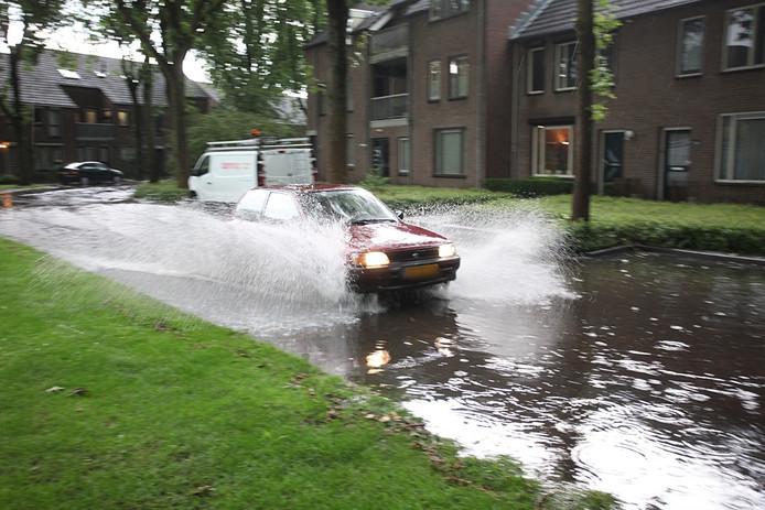 Het water in Rijen kwam tot zeker 25 centimeter.