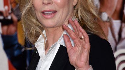 Kim Basinger durft haar huis niet meer uit