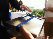 Man geeft collega bom cadeau voor huwelijksfeest na mislopen functie