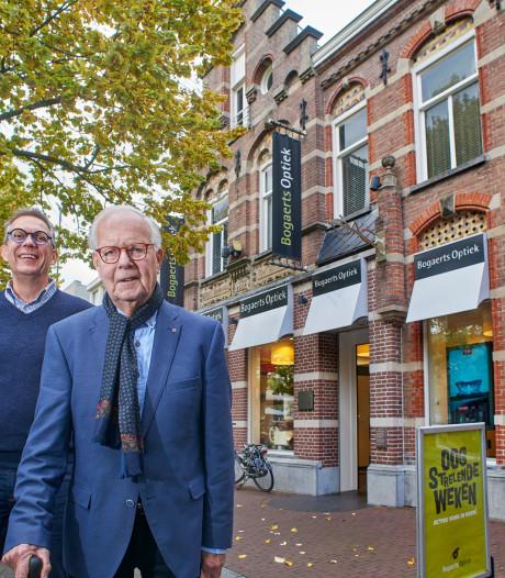 Eerste opticien van Oss (98) blikt terug op 70 jaar Bogaerts: 'Ze noemden me dokter'