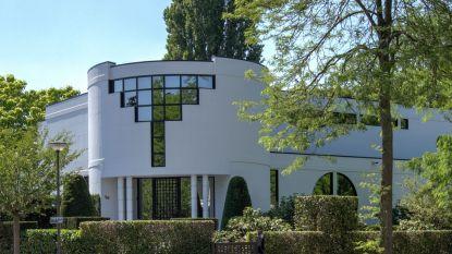 Streling voor het oog langs buiten én binnen: villa van 2,5 miljoen euro te koop in Wilrijk