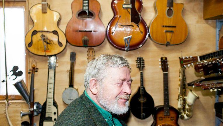 Søren Venema: 'Ilse de Lange zocht een gitaar die paste bij haar jurk. Nou, die had ik.' Beeld Renate Beense